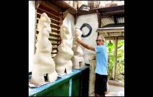 David Pinto explains how he creates his pieces.